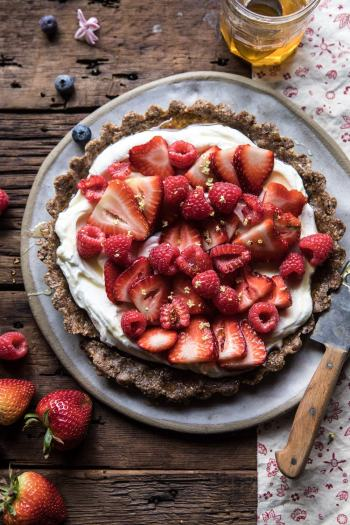 No Bake Greek Yogurt Fruit Tart | halfbakedharvest.com #summer #easyrecipes #healthy #nobake