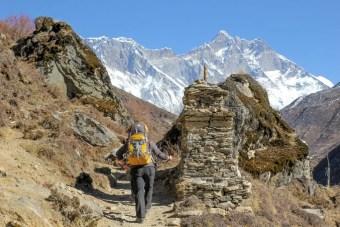 Himalaya Hiker Korean Behind Mountains