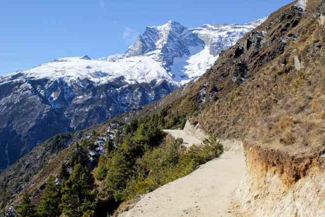 EBC Trek Trail To Namche