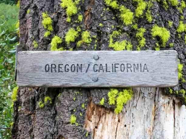 PCT Oregon California Border Sign