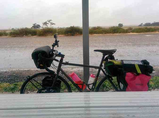 Australia-Bike-Rain-Table