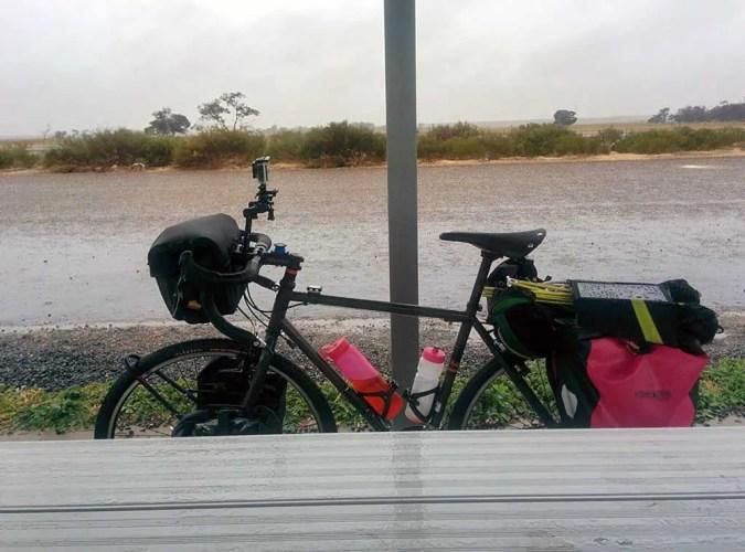 Australia-Bike-Rain-Table