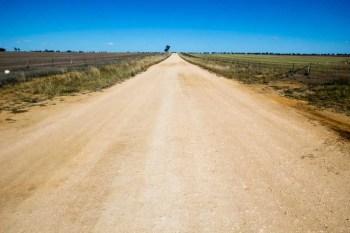 Australia-Bike-Unsealed-Road