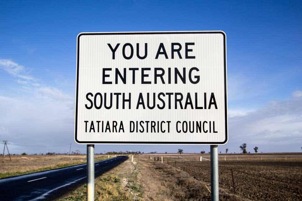 South-Australia-Sign-Close