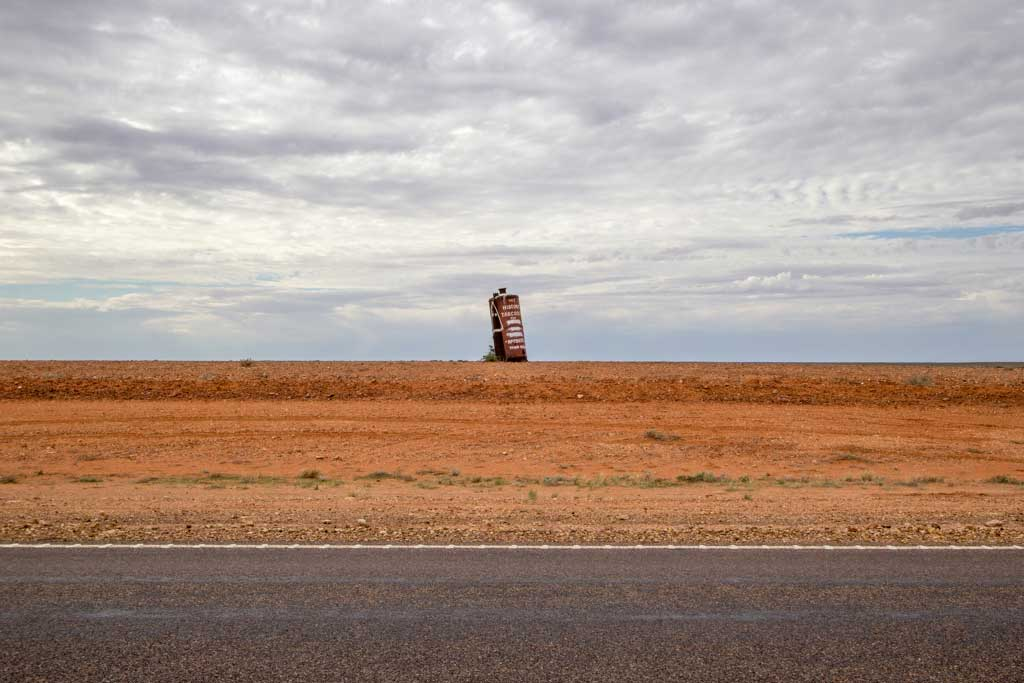 Australia-Outback-Tank