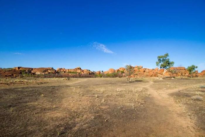 australia-outback-devils-marbles-2