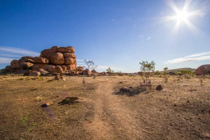 australia-outback-devils-marbles-3