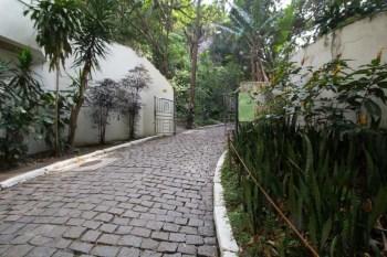 brazil-riode-janeiro-morro-da-urca-entrance-road