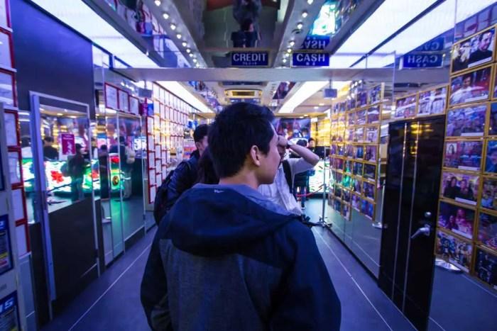 robot-restaurant-ticket-line