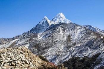 Nepal-Dingboche-Ama-Dablam
