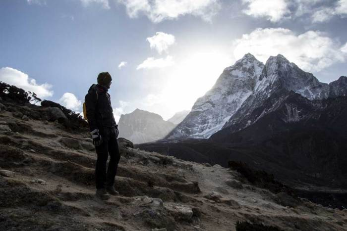 Nepal-Dingboche-Mountain-Climb-Shadow