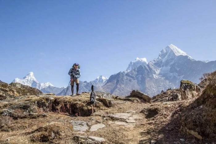 Nepal-Kunde-Mac-Dog