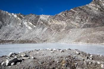 Nepal-Kongma-La-Pass-Lake