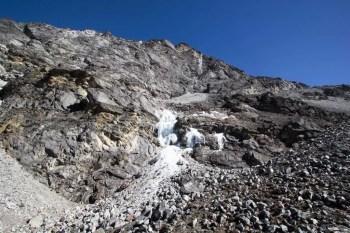 Nepal-Kongma-La-Scree-Trail