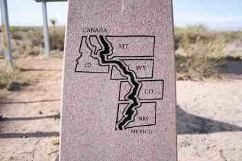 CDT-New-Mexico-Souther-Terminus-Monument-Close