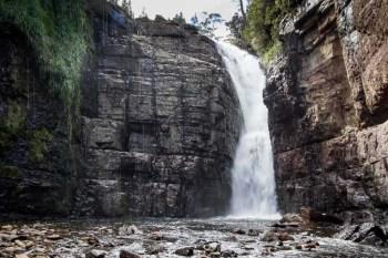 Tasmania-Overland-Track-Hartnett-Falls