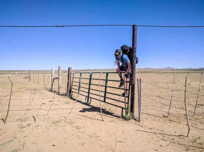 CDT-New-Mexico-Moist-Climb-Fence