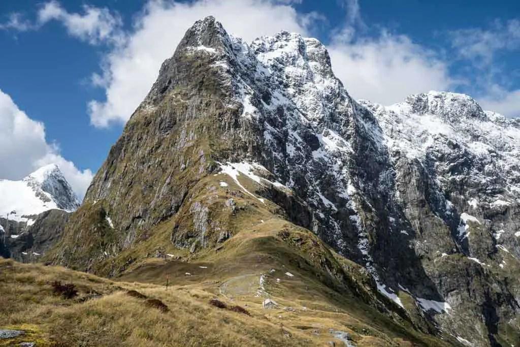 New-Zealand-Milford-Track-Mackinnon-Pass