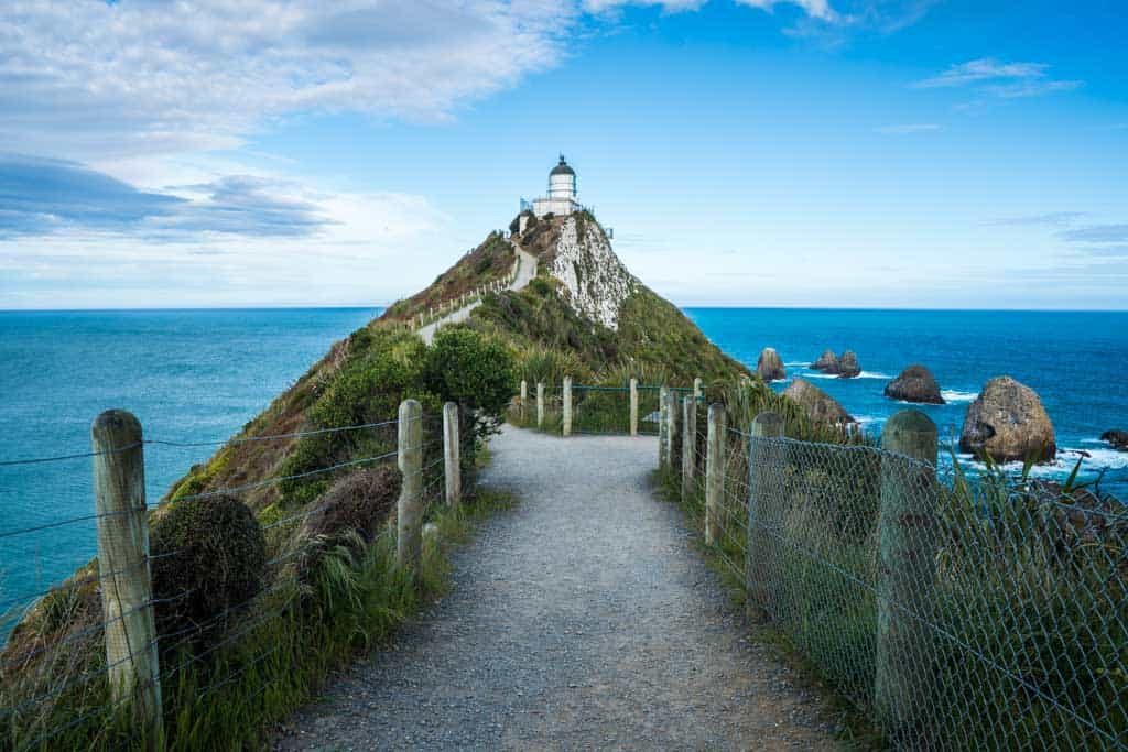 New-Zealand-South-Island-Nugget-Point-LIghthouse