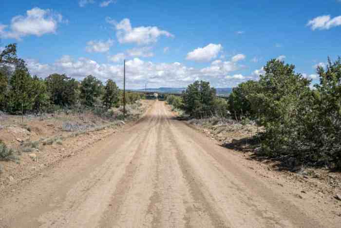 CDT-New-Mexico-Road-Dirt-Walking