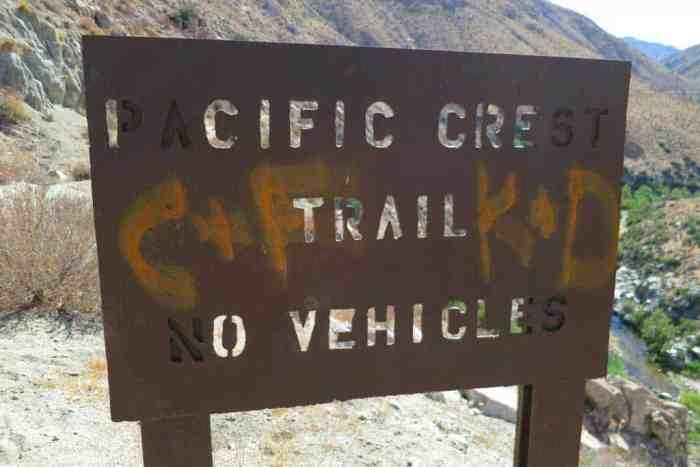 PCT-Desert-Graffiti-Sign