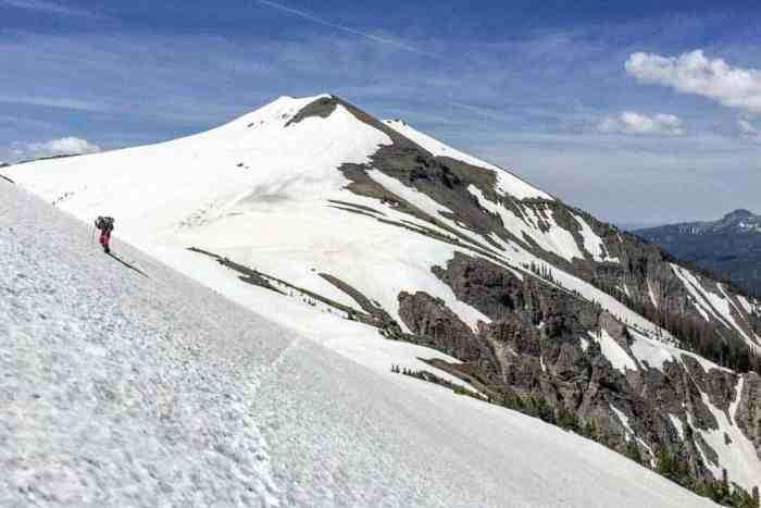 CDT-Colorado-Mac-Snow-Traverse-Blue-Sky