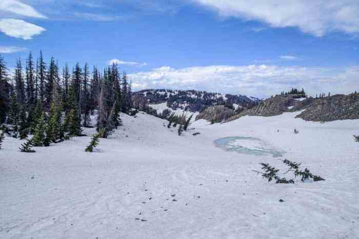 CDT-Colorado-Snow-Pond-Frozen-Blue-Sky