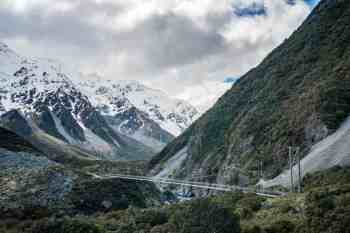New-Zealand-Ball-Pass-Route-Bridge-1