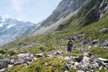 New-Zealand-Ball-Pass-Route-Hooker-Valley-1