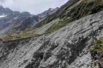 New-Zealand-Ball-Pass-Route-Hooker-Valley-Washout-2