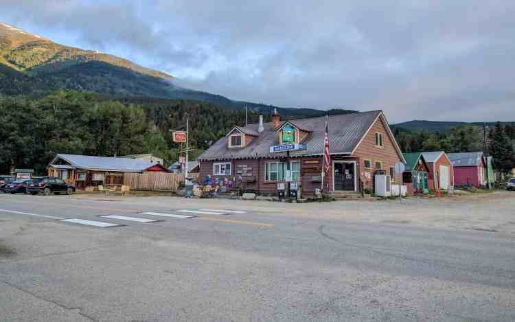 CDT Colorado Twin Lakes Store