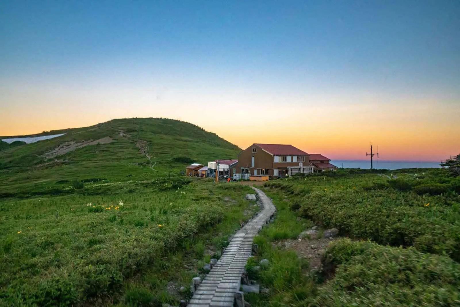 Japan Alps Traverse Kita Alps Sunrise Hut