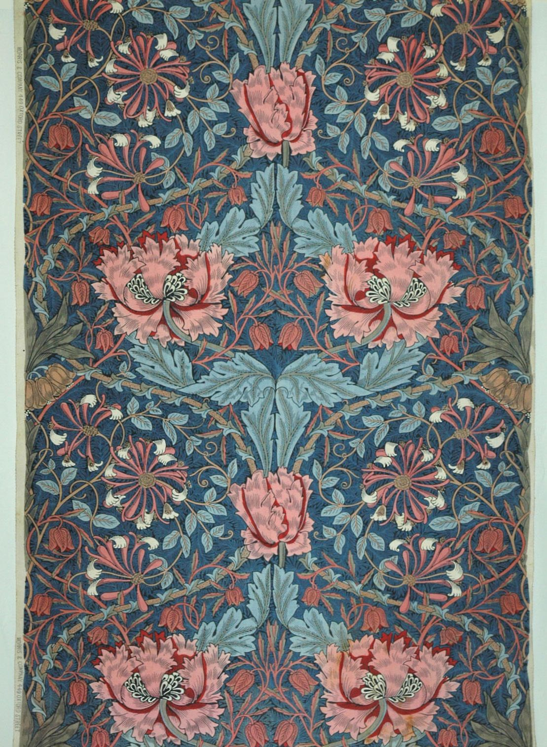 English Textile Design of the Late 19th Century at the MAK