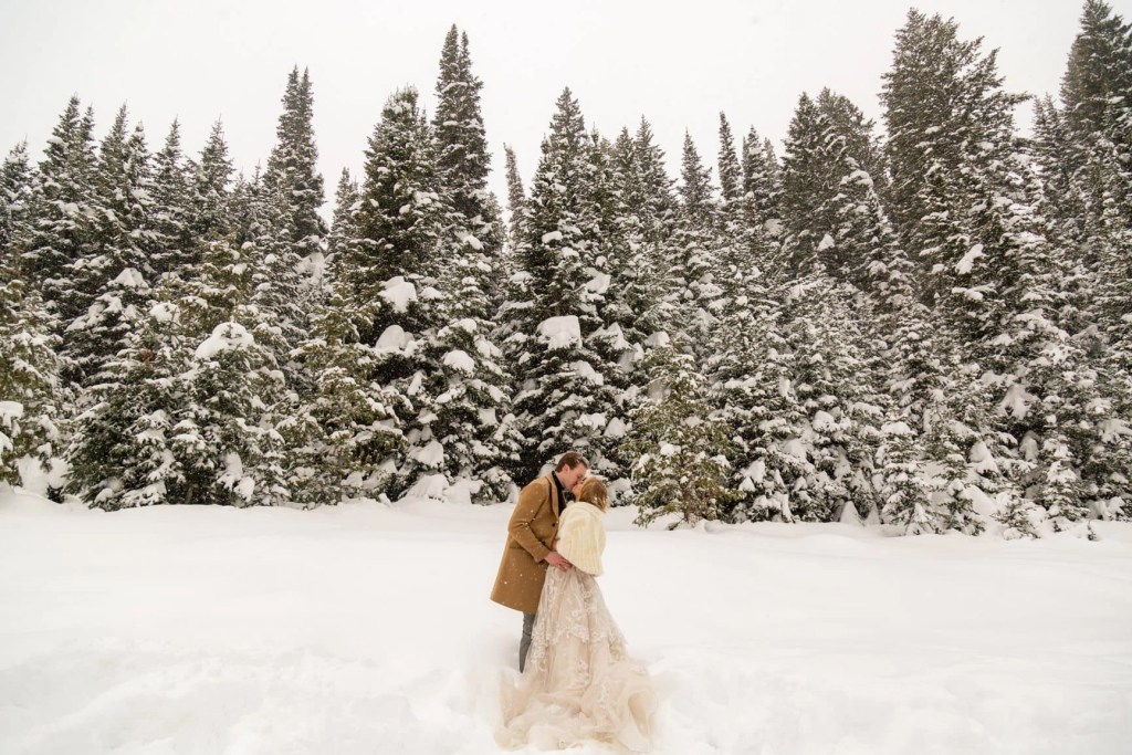 planning an elope in Utah in winter can make for an unforgettable experience. Break out the snowshoes, or your wedding dress for some stunning bridal shots