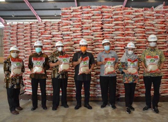 1.038,16 Ton Beras dari APBN untuk Bantuan PPKM 103.816 Warga Langkat