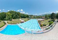 Schwimmbad Hall