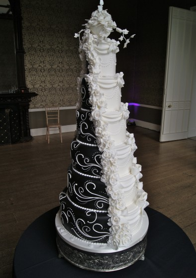 Dummy Fake Tiers In Wedding Cakes Hall Of Cakes