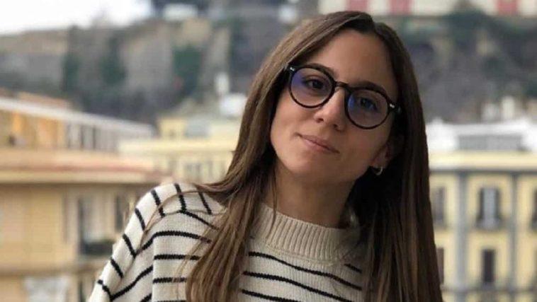 Il caso di Aurora Leone continua: l'attrice dei The Jackal querelata da Gianluca Pecchini