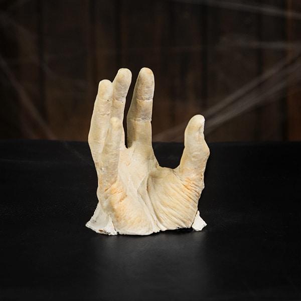 Tolle Halloween Dekoration zum Selberbasteln Hand aus Blumentopf  Halloweende