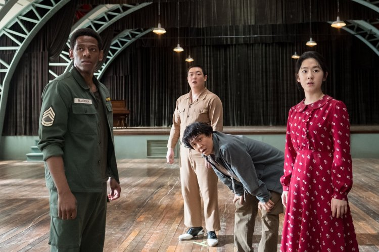 "K-Movie] Tap Your Night Away With ""Swing Kids"" – In Cinemas 17 January -  HallyuSG"