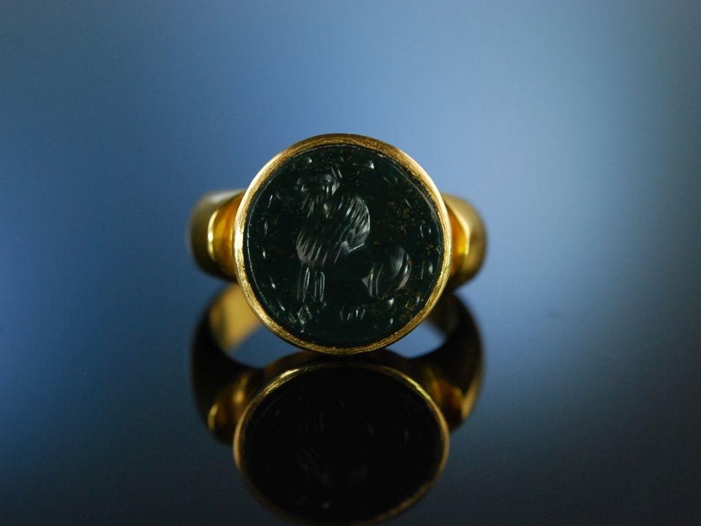 Antique Intaglio Schwerer Ring Gold 750 Blutjaspis antikes Lwe