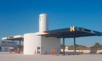 Grupo HAM ha abierto en Villarreal, Castellón, una estación de servicio de gas natural licuado (GNL), que permite el repostaje de camiones