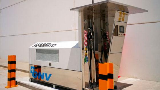 La estación de servicio HAMikro permite a los vehículos repostar biometano obtenido a partir del tratamiento de aguas residuales