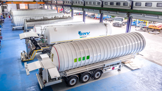 Vakuum, empresa de Grupo HAM, fabrica y diseña soluciones móviles de gas natural licuado y gas natural comprimido para uso industrial y vehicular