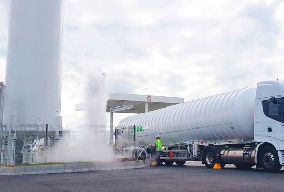Grupo HAM vende y abastece de gas natural licuado a sus clientes, gracias a su amplia flota de vehículos que se encargan del transporte por carretera