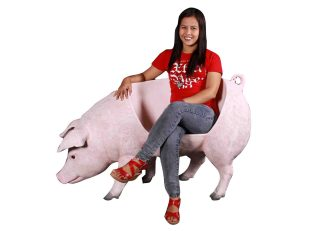 Fat Pig Bench statue