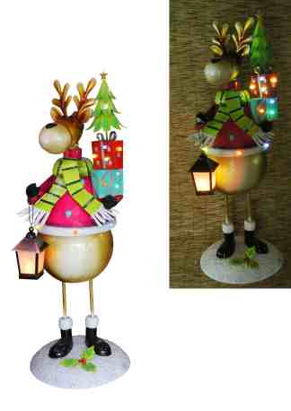 Reindeer with Presents & Lamp statue