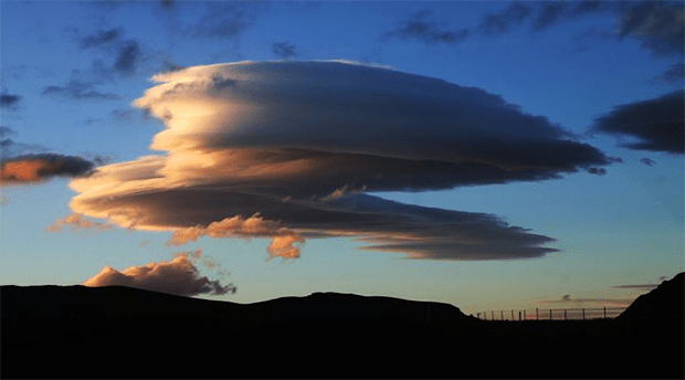 قدرتی مناظر پر مبنی 6 حیران کن تصاویر جن کی سائنسی وضاحت سے آپ واقف نہیں 5