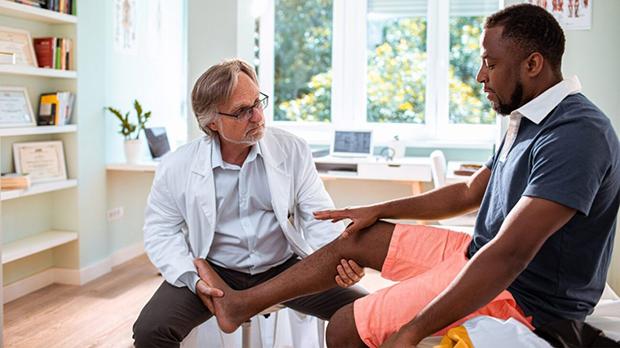 آپ کے جوڑوں کے درد کی یہ سنگین وجہ بھی ہوسکتی ہے۔۔۔ بند شریانوں کی عام نشانیاں جنہیں ہم نظر انداز کردیتے ہیں 1