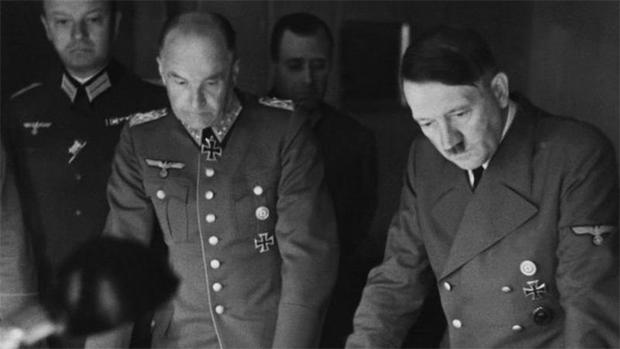 شادی رچائی، جشن منایا اور پھر خود کو گولی مار لی۔۔۔ ہٹلر کی زندگی کے آخری دنوں میں کیا حیرت انگیز واقعات رونما ہوئے؟ 4
